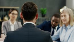 Qual é a diferença entre um Shareholder e o Stakeholder?